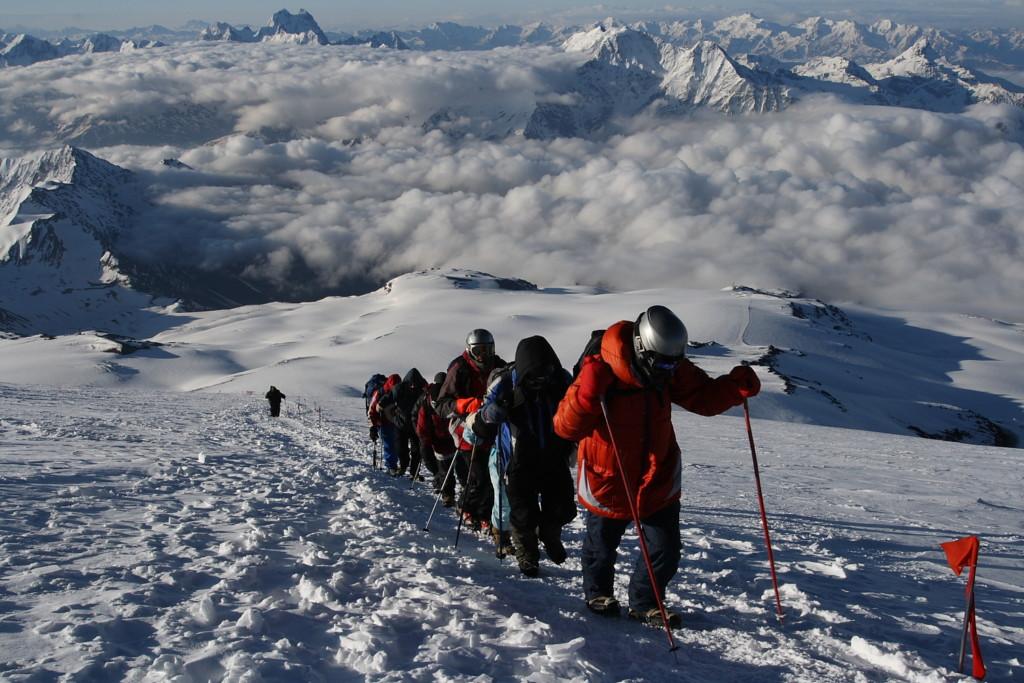 сколько дней займет восхождение на гору эльбрус цена фото